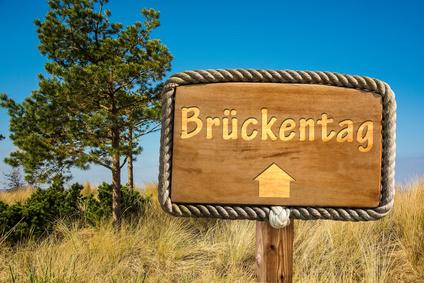 Schild 249 – Brckentag