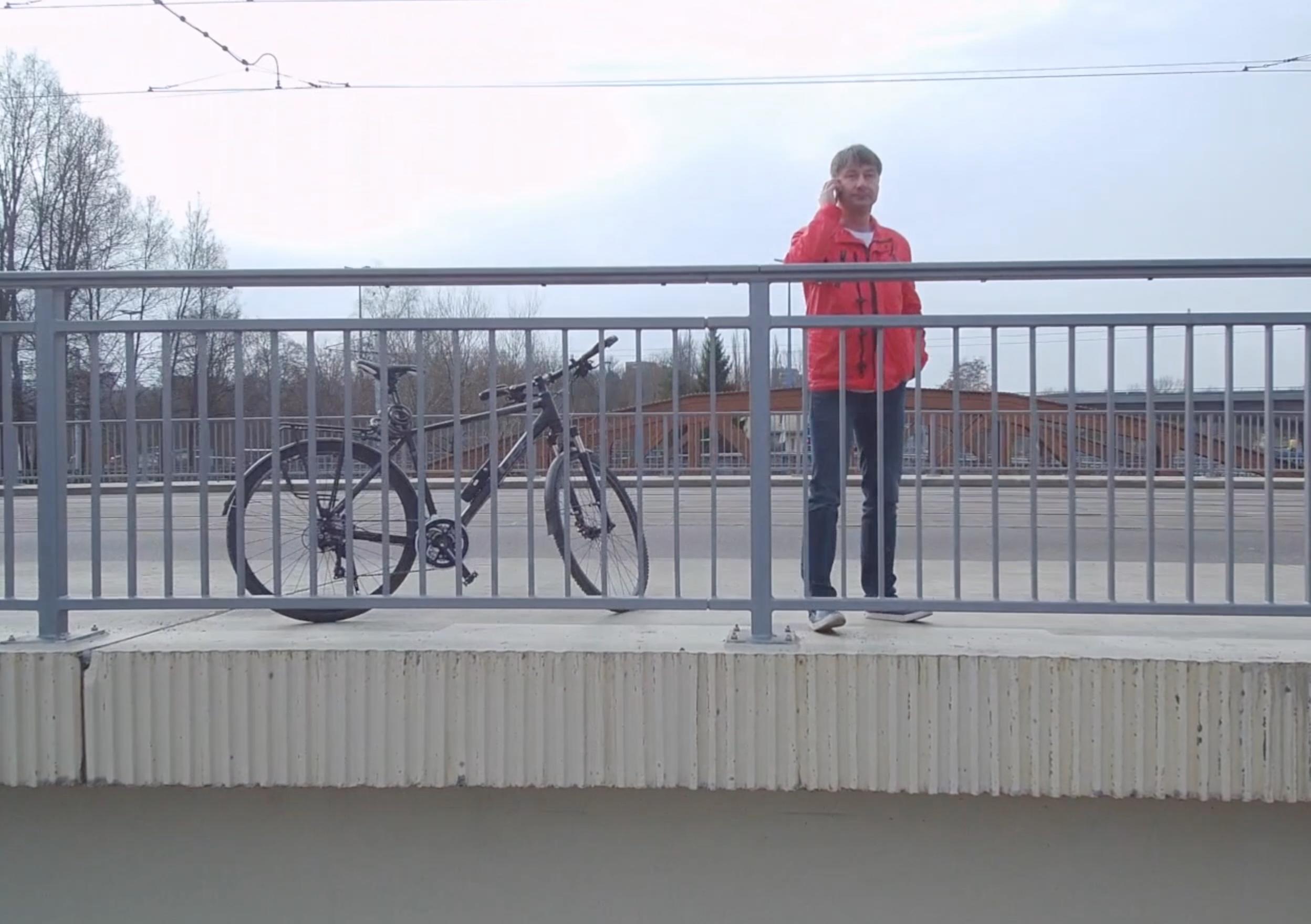 Zahnarzt Roger Barz Zahngesundheit Halle Fahrrad
