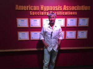 Roger Barz Fachmann für Hypnose Praxis Zahngesundheit Halle Saale