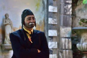 Clown mit Fliegermütze Zahnarztpraxis Roger Barz Halle Saale