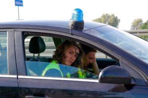 Polizei im Auto Zahnarztpraxis Roger Barz Halle