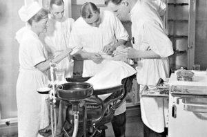 alte Behandlungseinheit Zahnarzt Roger Barz Halle