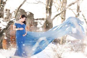 Schwangere im Schnee Herzensbilder