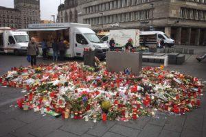 Gedenkstätte Markt Halle Zahnarzt Roger Barz