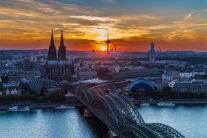 Köln bei Nacht zahnarzt Roger Barz Halle