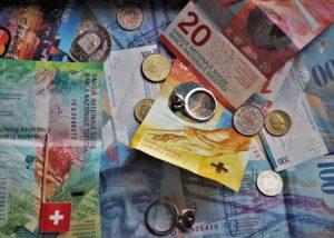 Schweizer Franken Zahnschmerzen Schweiz Zahnarzt Roger Barz Halle