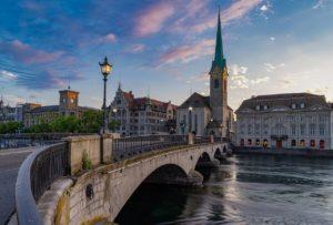 Zurich Zahnschmerzen Schweiz Zahnarzt Roger Barz Halle